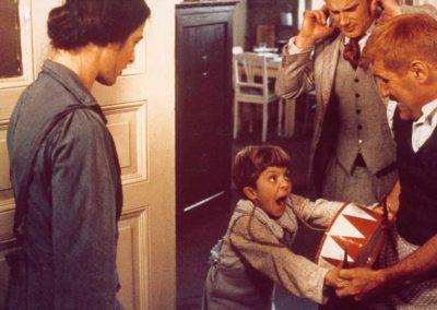 David Bennent enfant qui refuse qu'on lui prenne son tambour